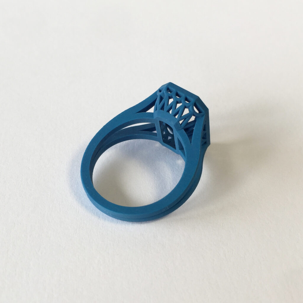 design-print-plastic-3d-ring-cushion-body-stones
